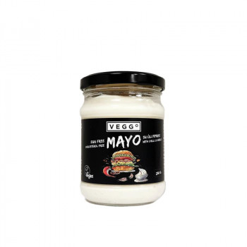 Mayonnaise sauce with chili...
